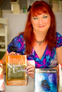 Gina at Hamptons Booksigning